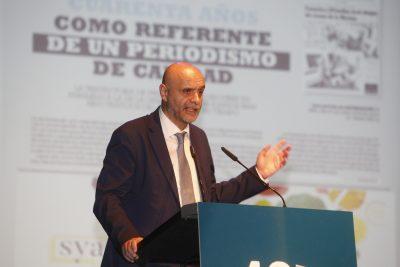 El director Tomás Mayoral.