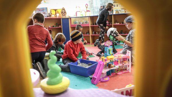 Los niños cada vez tienen juegos más sedentarios e individuales