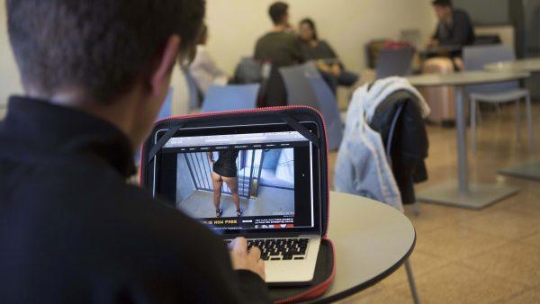 El consumo de pornografía aumenta entre los menores y dispara los problemas sexuales
