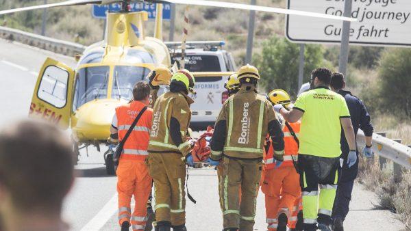 El helipuerto cerrado del General obliga a trasladar a cuatro pacientes por carretera en nueve días